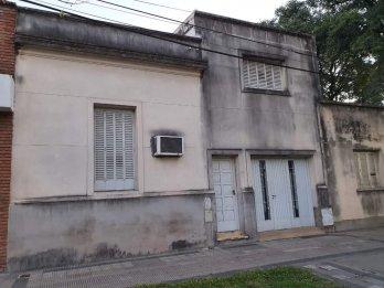 VENDO CASA DENTRO DE BULEVARES U$S 75.000