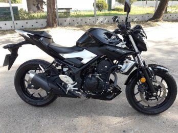 Impecable Yamaha Mt 03