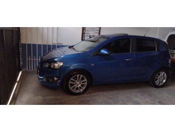 Vendo Chevrolet Sonic LTZ recibo menor valor y diferencia